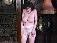 LOVE TO LOVE YOU - vintage British huge tits striptease
