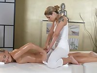 Massage Rooms Stunning Athletic Blonde Lesbian