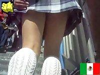 Voyeur catches real schoolgirl upskirt shot in plaid uniform