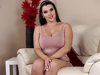 Wondrous a bit plump English nympho Cherry Blush gets rid of her bra