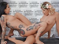 Soft scissoring between two lesbians with insane curves