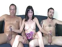 Aged babe Jessica Sexxxton has a handle on two throbbing dicks
