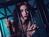 Whore in the cage Havana Sins does everything her kinky master desires