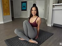 POV mouth service with sporty Asian knockout Alexia Anders