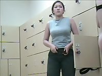 Changing room vixen takes off jeans uncovering bushy nub